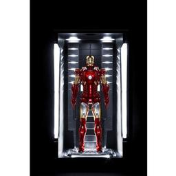Click here to learn more about the Dragon Models, USA 1/9 Iron Man 3-Hall of Armor Mark VII Vignette.