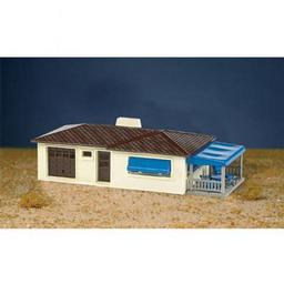 Click here to learn more about the Bachmann Industries HO Snap KIT Ranch House, Cream/Brown.