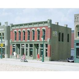 Click here to learn more about the Woodland Scenics HO KIT DPM Front Street Building.