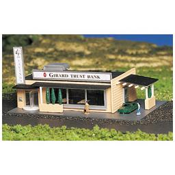 Click here to learn more about the Bachmann Industries N Built-Up Drive-Up Bank.