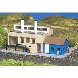 Click here to learn more about the Bachmann Industries N Built Up Factory w/Accessories.