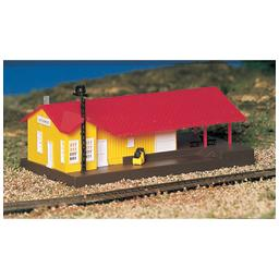 Click here to learn more about the Bachmann Industries N Built Up Freight Station.