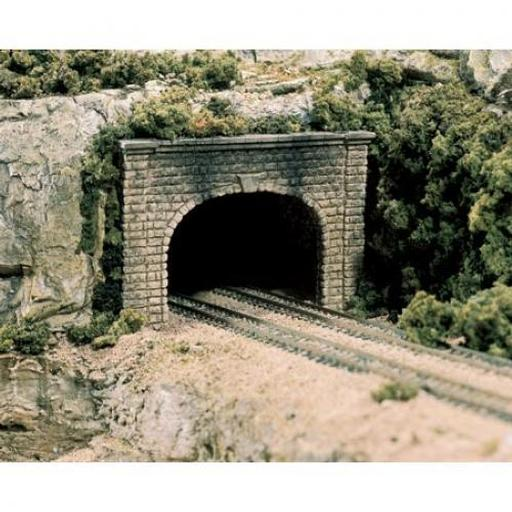 Woodland Scenics N Double Tunnel Portal, Cut Stone (2)