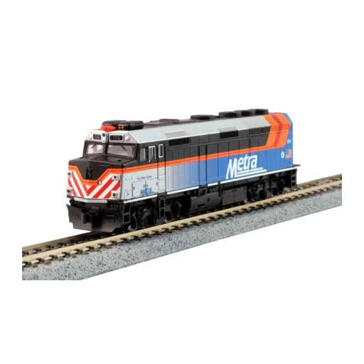 Kato USA, Inc. N F40PH Commuter Train Start Set,Metra new paint