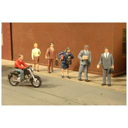 Click here to learn more about the Bachmann Industries O City People w/Motorcycle (7).