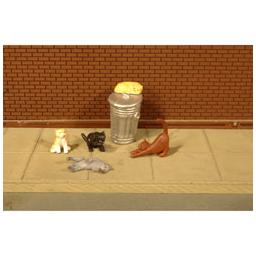 Click here to learn more about the Bachmann Industries O Cats w/Garbage Can (6).